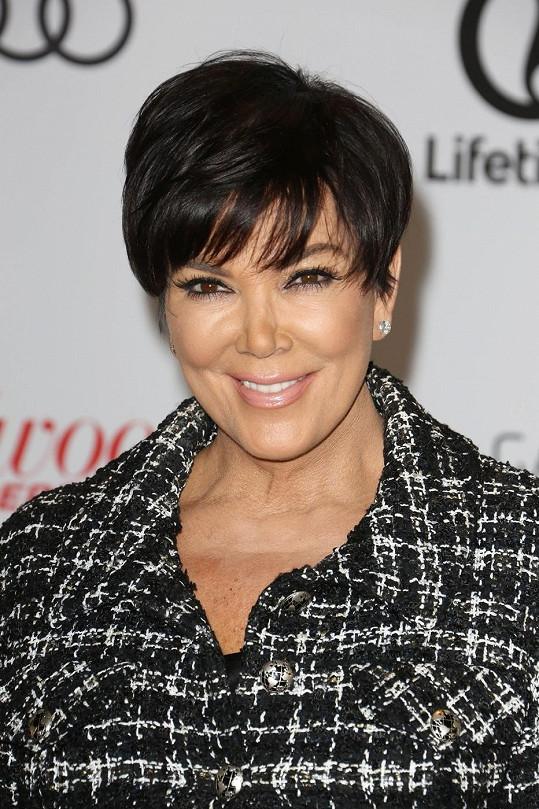 Kris Jenner vypadá rok od roku lépe.