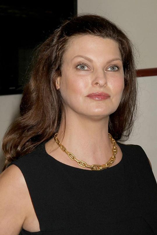 Linda momentálně hostuje v australské modelingové soutěži.