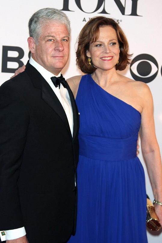 Weaver s manželem Jimem Simpsonem