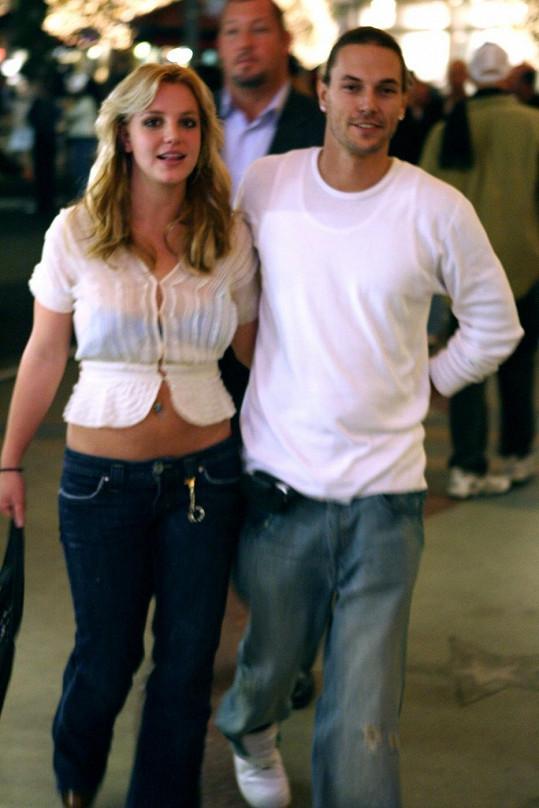 Kevin Federline a Britney na archivním snímku