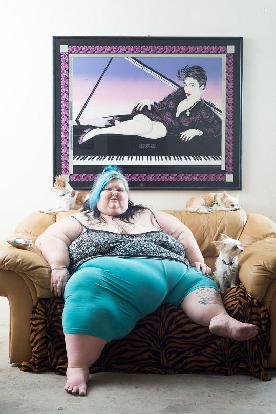 Christina Paez vydělává na svém těle.
