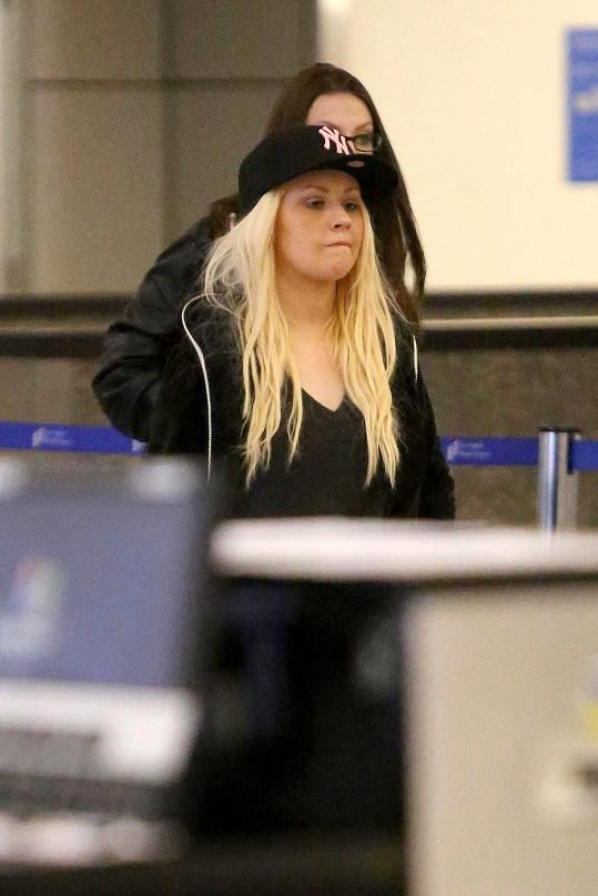 Christina na letišti v Los Angeles.