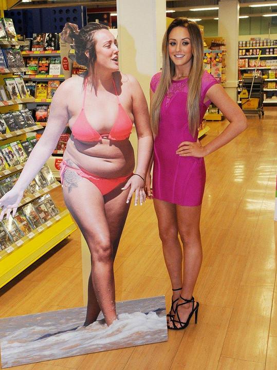 Charlotte Crosby a její staré tlusté já (rok 2015)