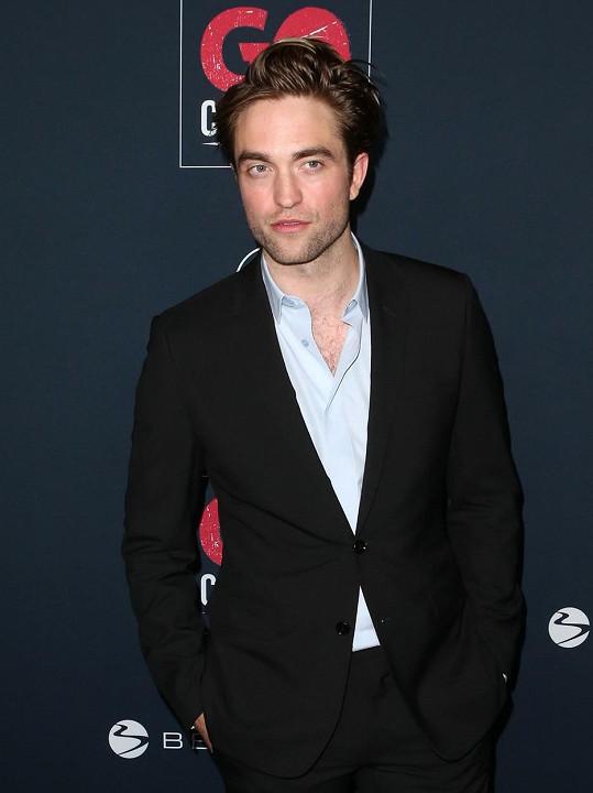 Roberta Pattinsona zaujaly sex shopy v lokalitě, kde natáčel.