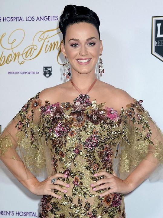 Katy Perry loni žebříčku vévodila, letos se do první pětky nedostala.
