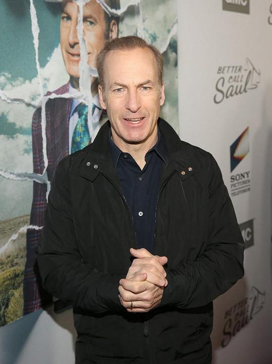 Bob Odenkirk zkolaboval při natáčení.