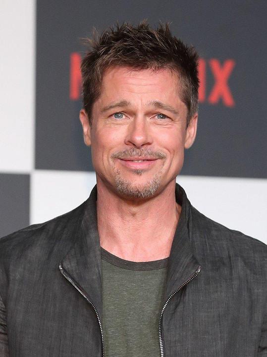 Brad Pitt má stejnou zkušenost.