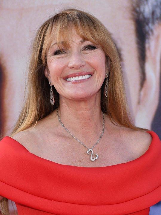 Jane Seymour zářila na premiéře filmu Little Italy.