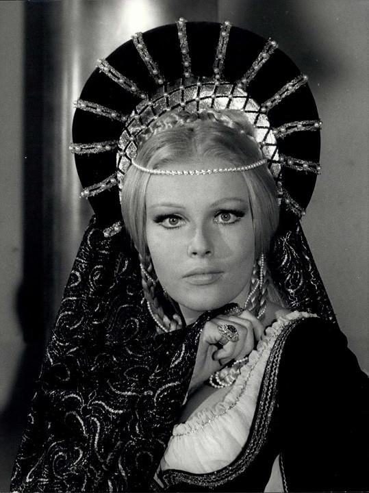 Ve filmu Lucrezia Borgia (1968)