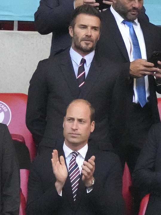 Dorazil i David Beckham.