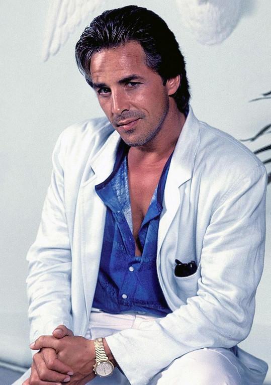 V osmdesátých letech patřil k nejpřitažlivějším televizním hercům.