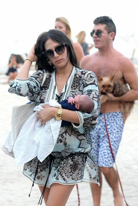 Lauren Silverman s malým Ericem a jeho otcem Simonem Cowellem strávila poporodní odpočinek na Miami.