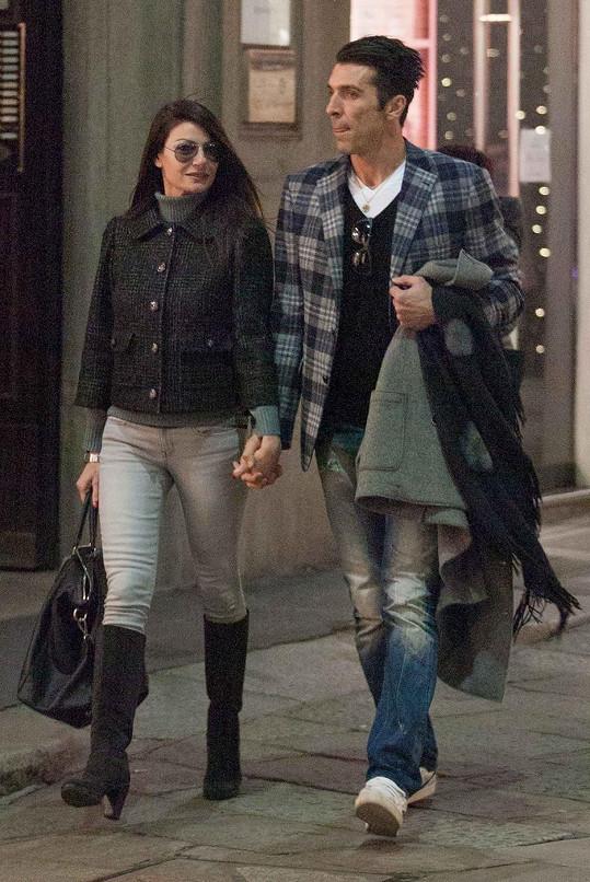 Ilaria D'Amico a Gigi Buffon vyrazili na nákupy.