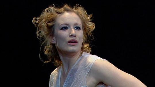Za tuto roli získala Cenu Alfréda Radoka.