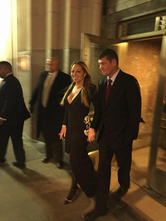 Žádost o ruku nemohla Mariah samozřejmě odmítnout.