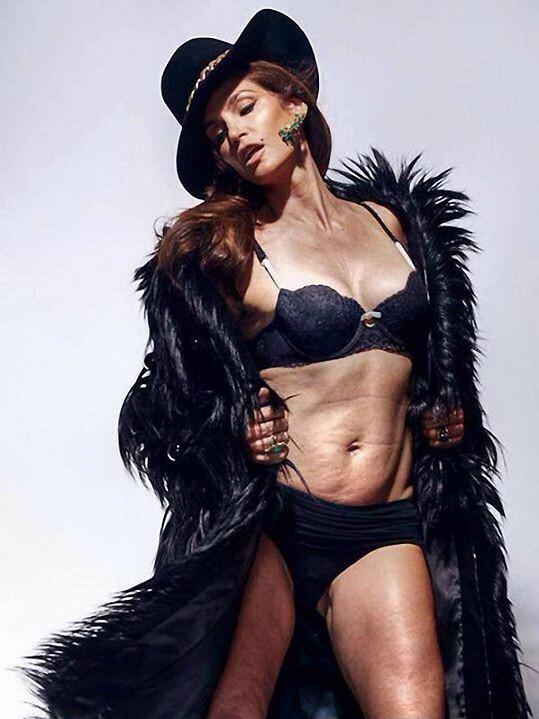 Cindy Crawford na neretušovaném snímku