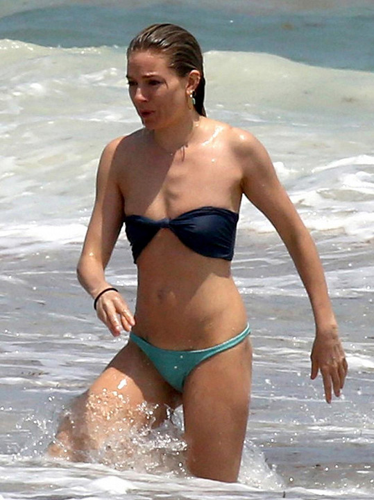 Sienna Miller na dovolené v Mexiku