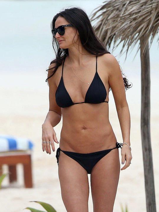 Těžko bychom hledali víc sexy padesátnici, než je Demi Moore.