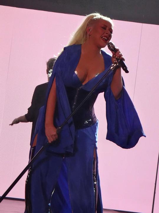 Christina Aguilera předvedla hodně emotivní vystoupení.