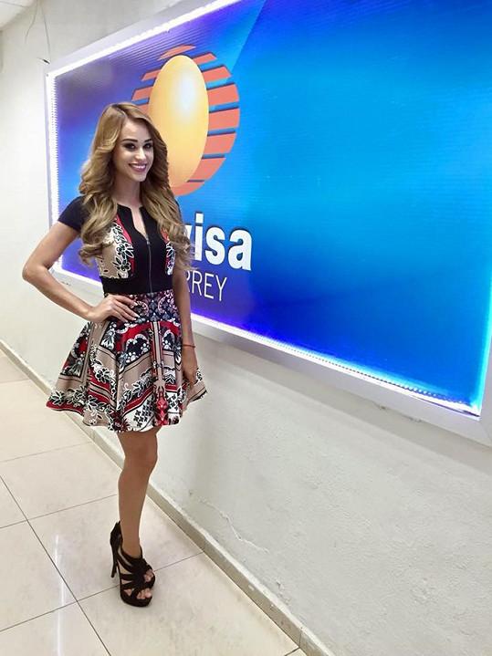 Yanet Garcia je hvězdou televize v Monterrey.