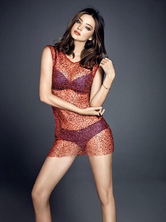Australská modelka je čím dál tím krásnější.