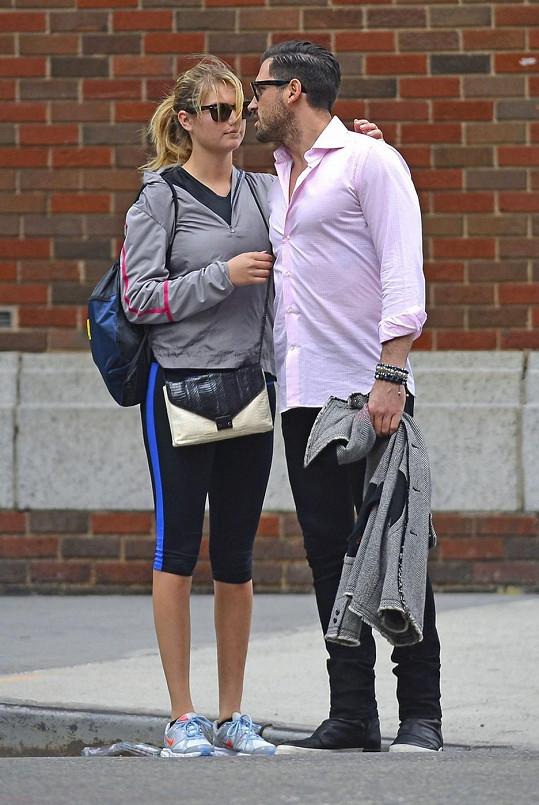 Kate a Maksim už lásku netají.