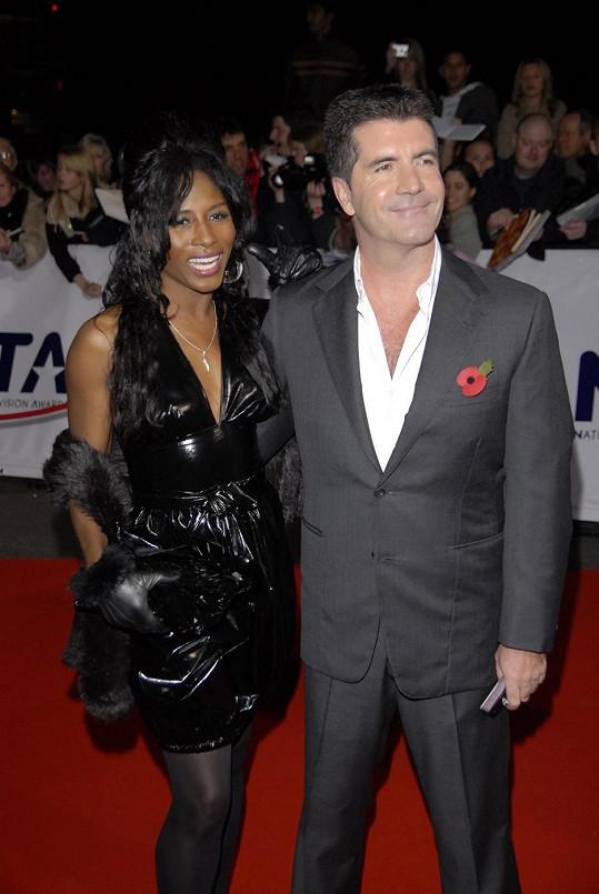V minulosti tvořila pár se Simonem Cowellem.