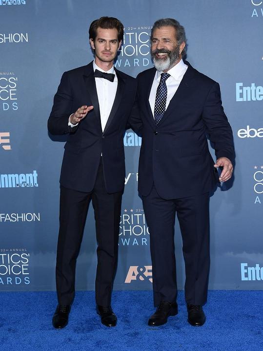 Mel Gibson s hlavní hvězdou svého nového filmu Andrewem Grafieledem