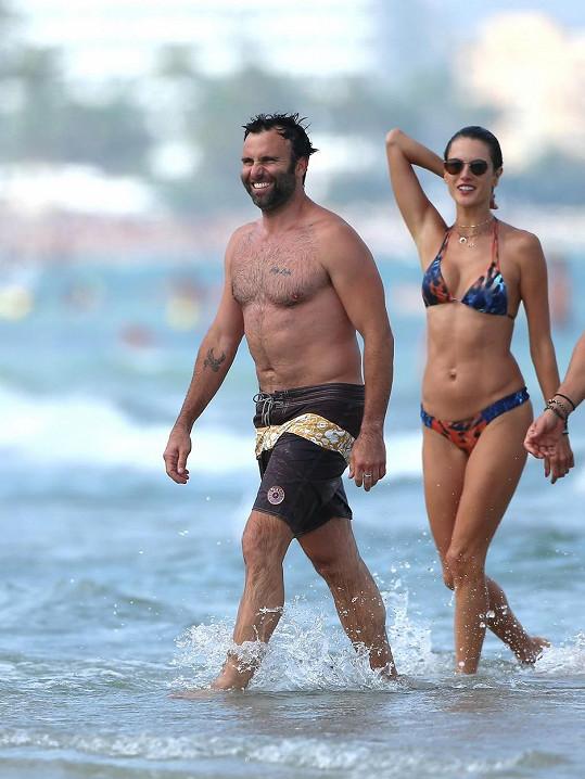 Alessandra Ambrosio a Jamie Mazur spolu mají dvě děti.
