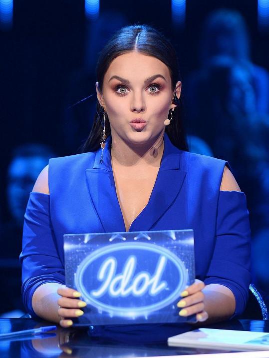 Ewa Farna působí v porotě polského Idolu.