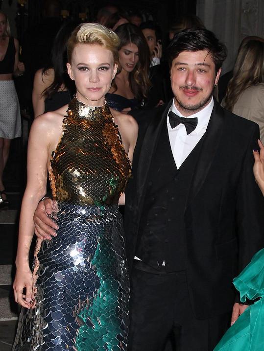 Carey Mulligan s manželem Marcusem Mumfordem