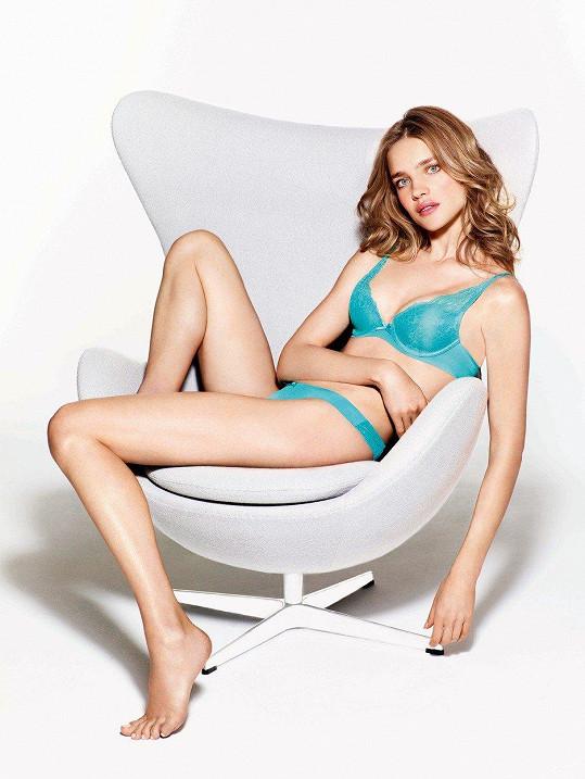 Ruská modelka a filantropka je pětinásobnou matkou.