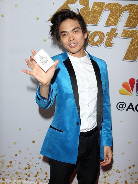 Americký talent opanoval Shin Lim a jeho čáry.