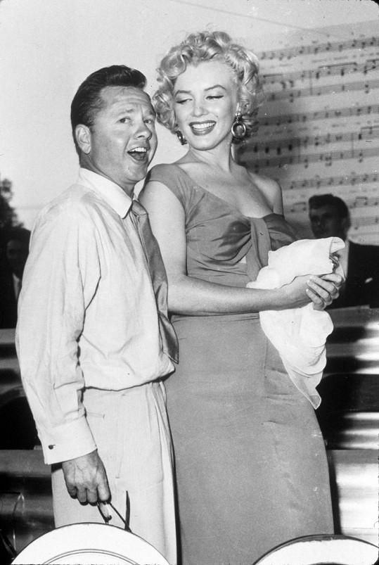 S božskou Marilyn...
