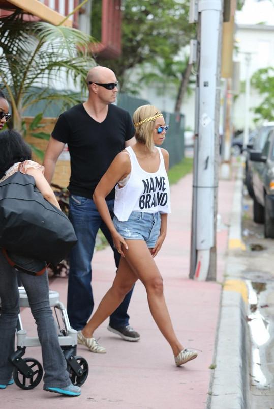 Slavná zpěvačka v poslední době mění střihy vlasů dost často.