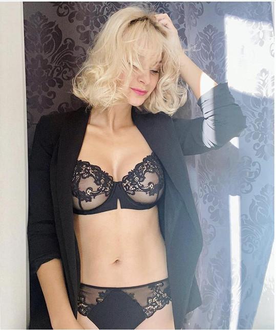 Bára Mottlová zapózovala v sexy prádle.