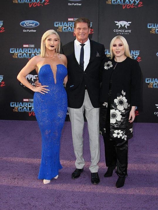 Hayley s otcem a starší sestrou Taylor Ann