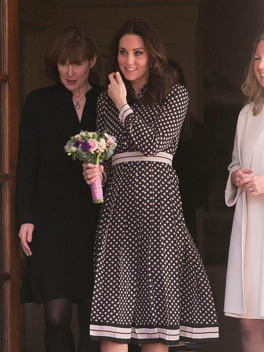 Vévodkyně oblékla šaty, které ještě nejsou na trhu.