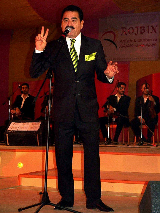 Ibrahim Tatlises má pro změnu vypadat jako Patrik Hezucký.
