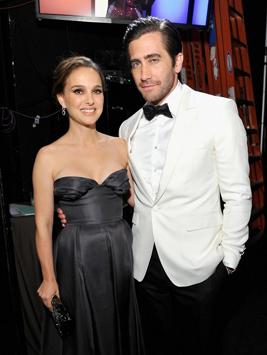 Natalie Portman a Jake Gyllenhaal randili krátce.