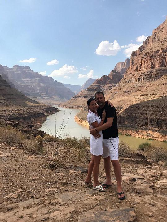 Gábina Partyšová s manželem Danielem si nenechali ujít ani výlet do Grand Canyonu.