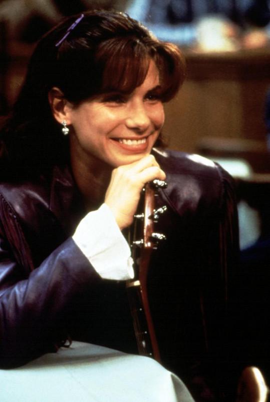 Sandra Bullock ve filmu Věc zvaná láska z roku 1993