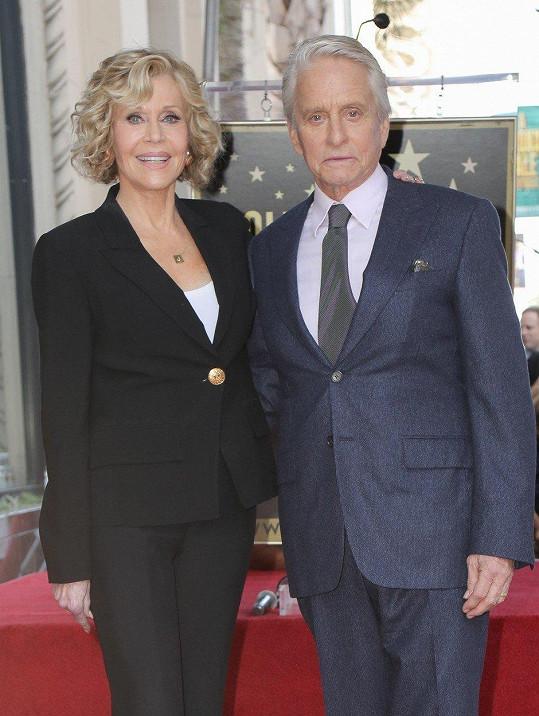 Dávného přítele a kolegu podpořila i herečka Jane Fonda.