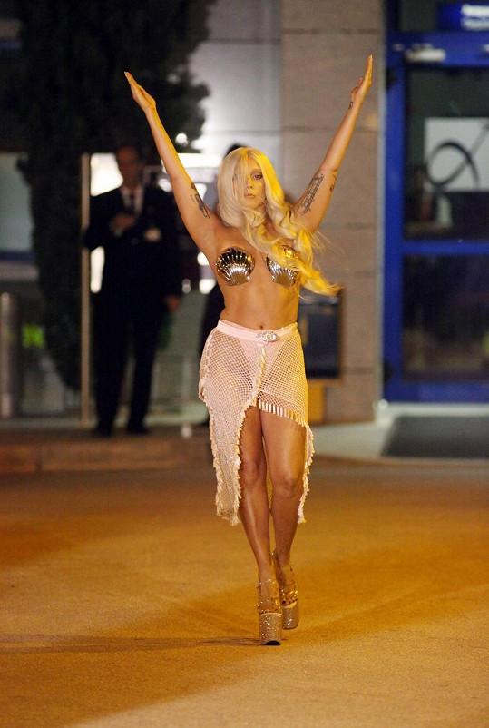Takhle se Lady Gaga předvedla v Řecku.