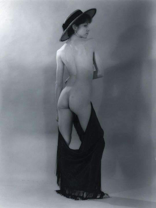 Madonna se v mládí živila pózováním pro fotografy.