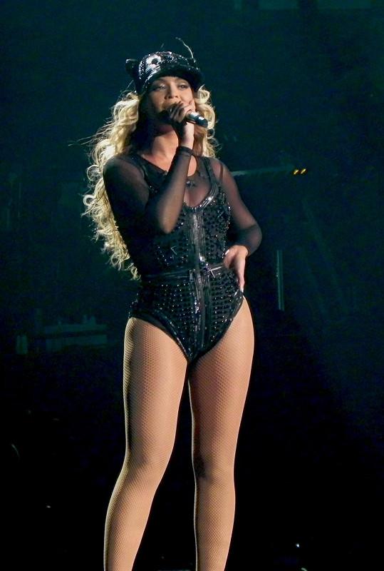 Beyoncé během koncertu.