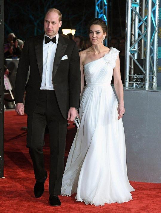 Vévoda a vévodkyně z Cambridge na předávání cen BAFTA