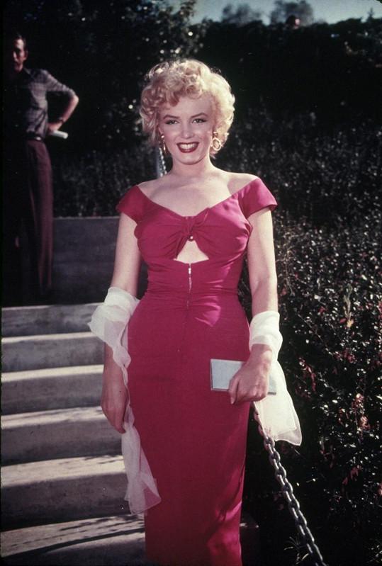 Marilyn ve filmu Niagara (1953), který ji na příštích devět let vyšvihl ke hvězdám...