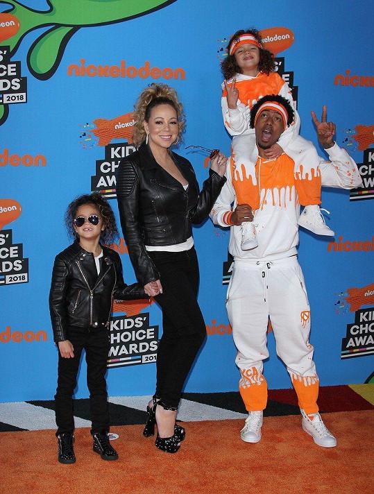 Mariah a Nick mají kvůli dětem dobrý vztah.