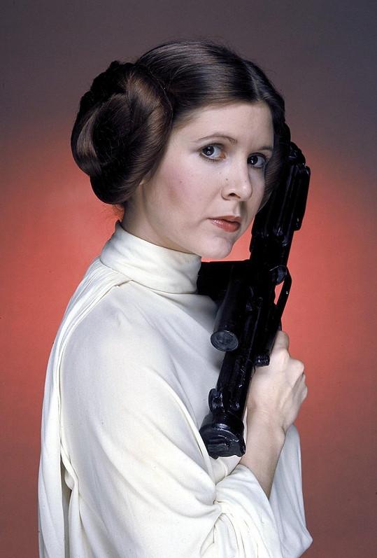 Carrie Fisher si princeznu Leiu poprvé zahrála v roce 1977.